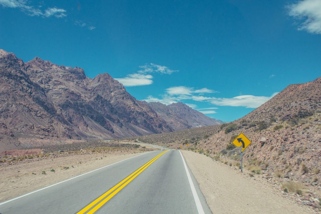 road-1564221_1280